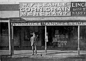 Searle's Hardware in Dandenong C.1920